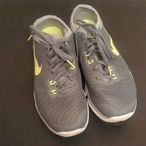 Nike Women's Flex Trainings Shoes